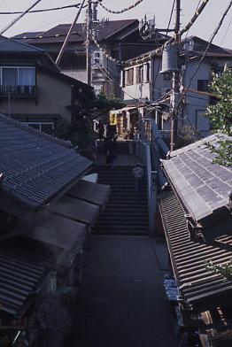 江ノ島灯台への道
